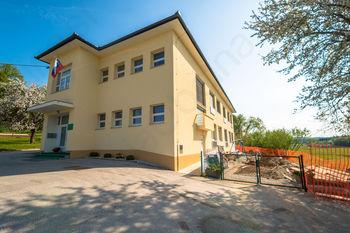 Obnova otroškega igrišča na Muljavi