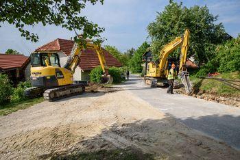 Gradnja vodovoda na Leskovški planoti lepo napreduje