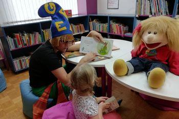 Beremo skupaj: Akcija branja po vsej občini