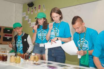 Mednarodno srečanje mladih čebelarjev leta 2020 bo potekalo v Občini Ivančna Gorica