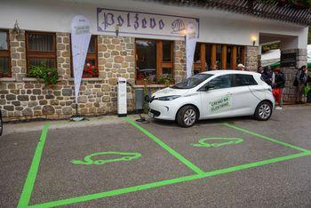 Odprtje polnilnice za elektro vozila na Polževem