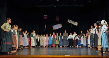 Koncert otroške folklorne skupine Stična