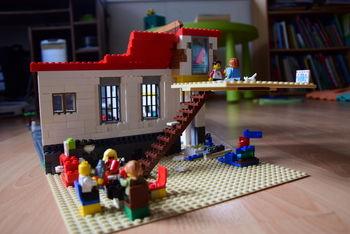 Na Miklavževo obdarili nagrajence družinskega Lego tekmovanja