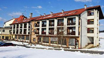 Telekom Slovenije z donacijo razveselil oskrbovance Doma starejših občanov Grosuplje