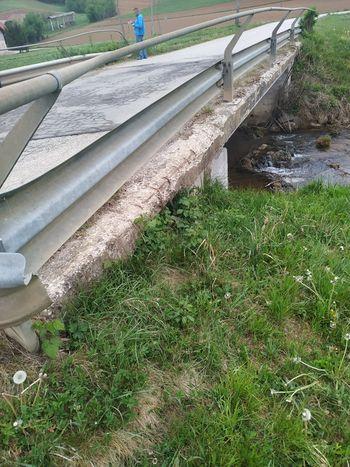 Obnova mostu v Dolenji vasi za večjo varnost udeležencev v prometu