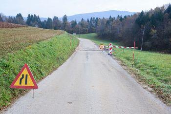 Obvestilo o obnovi in delni zapori ceste Hrastov Dol – Rdeči Kal