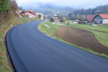 Prenovljen odsek državne ceste v Krajevni skupnosti Sobrače