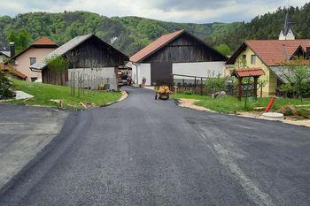 Po občini potekajo številna vzdrževalna in asfalterska dela na lokalnih cestah