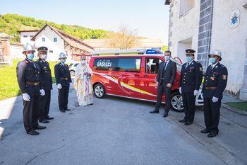 FOTO: Na Florjanovo nedeljo blagoslov gasilskega vozila PGD Stična