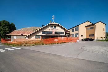 Občina začela s prenovo strehe na Družbenem centru Krka