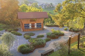 Spoznaj staro obrt – ČEBELARSTVO v občini Ivančna Gorica