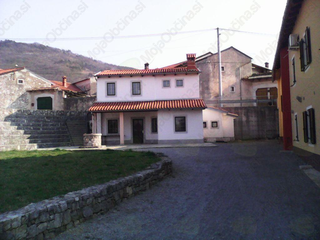 Vaški dom