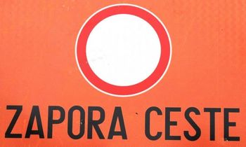 Popolna zapora na območju nivojskega prehoda čez železniško progo v Otočah