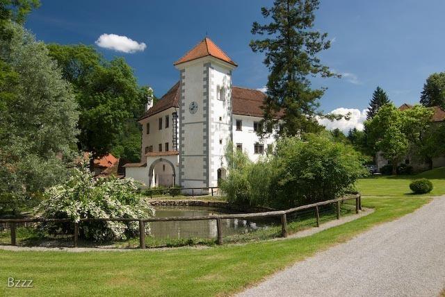 Muzej pošte in telekomunikacij (Polhov Gradec)