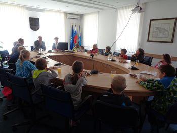 Na Občini zasedal otroški parlament
