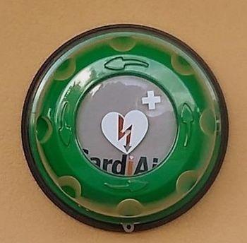 Redni servis defibrilatorjev