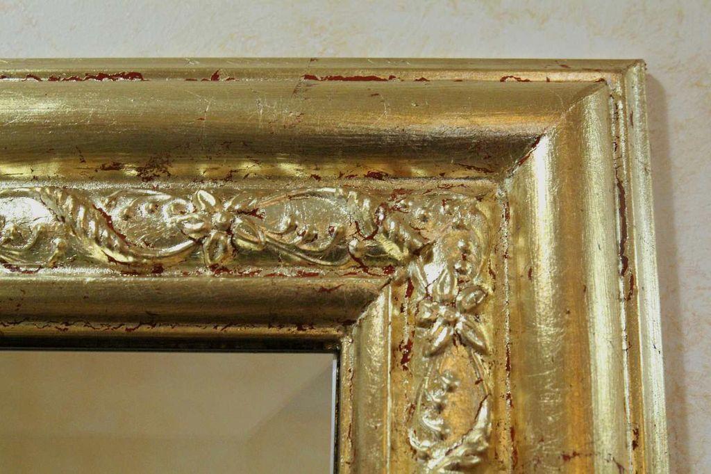 Izdelava dekoracije ogledala.