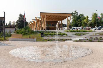 Nova pokrita tržnica, park in večnamenska prireditvena ploščad