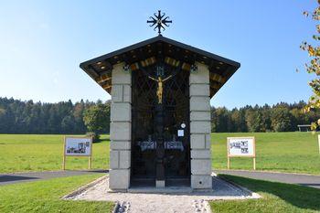 Obnovljena Hafnerjeva kapelica v Preski