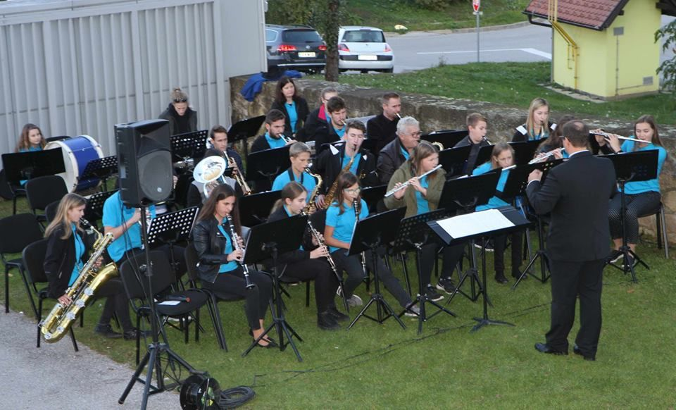 Srečanje pihalnih orkestrov na Gradu Komenda