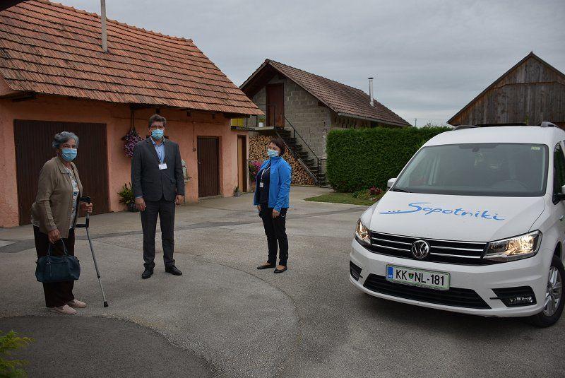 Župan Ivan Molan se je pridružil akciji Zavoda Sopotniki Župani za volani