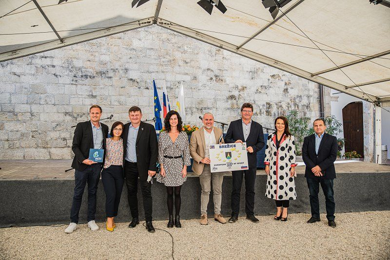 Občina Brežice prejela naziv Evropsko mesto športa 2022