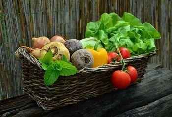 Nakup hrane pri lokalnih ponudnikih – dopolnjen seznam ponudnikov