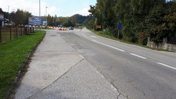 Pred začetkom obnova regionalne ceste Mokrice – Obrežje – Slovenska vas in izgradnja pločnika Obrežje
