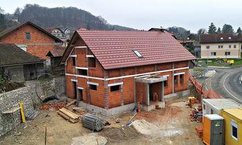 Dom krajanov na Velikih Malencah pod streho