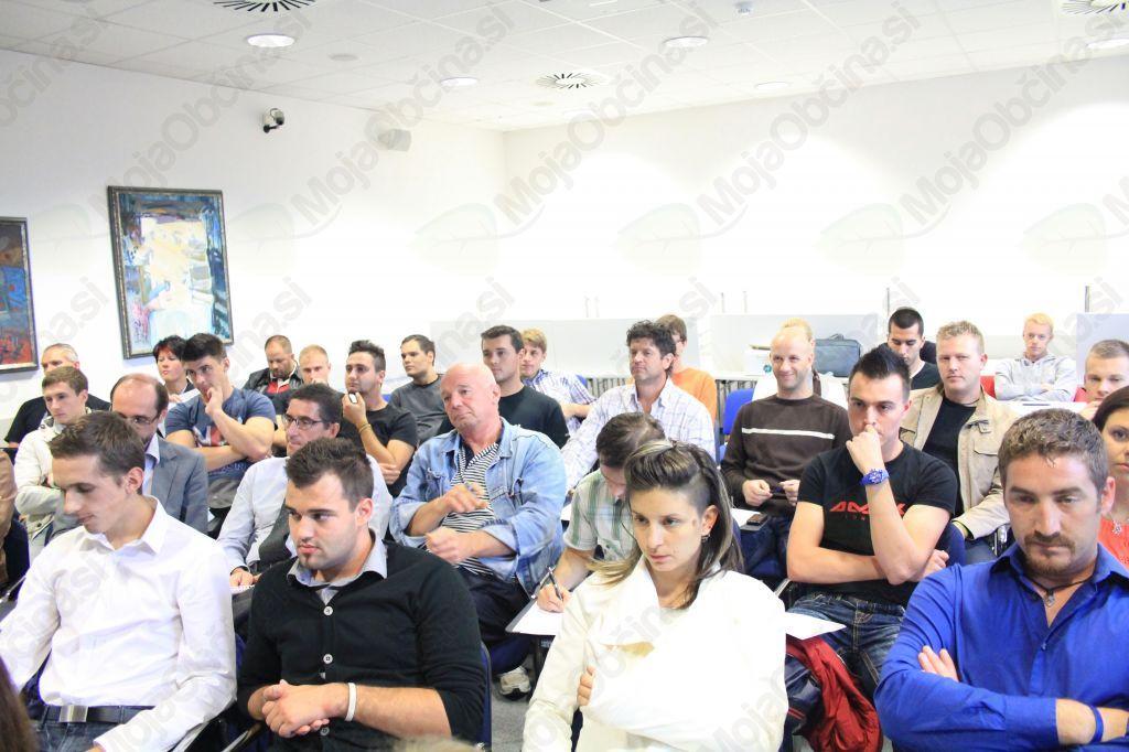 Poslovna izobraževanja - Inštitut Zlati ključ