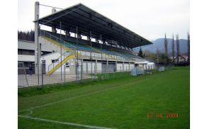 stadion02.jpg